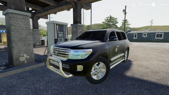 Мод «Toyota Land Cruiser 200 2013 V8» для Farming Simulator 2019